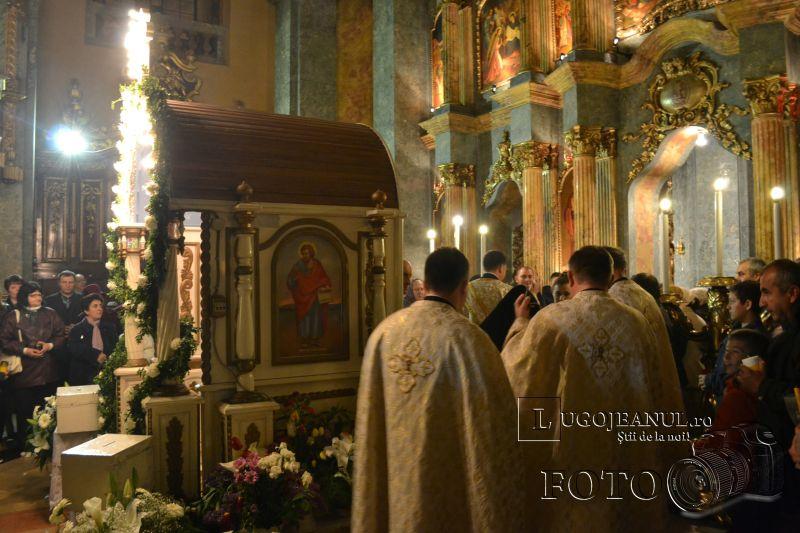 hristos a inviat paste lugoj 2014 biserica adormirea maicii domnului lumina sfanta foto galerie lugojeanul (4)