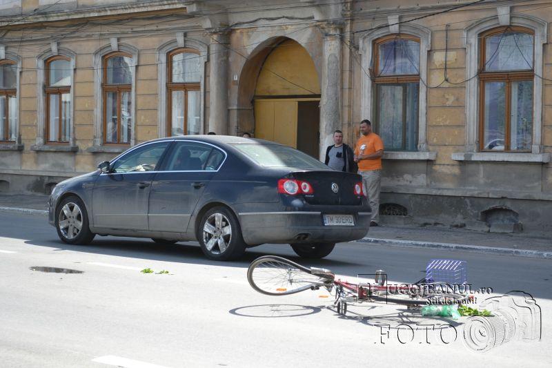 accident catedrala lugoj biciclist vs motociclist 9 mai 2014 lugojeanul foto (1)