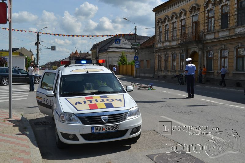accident catedrala lugoj biciclist vs motociclist 9 mai 2014 lugojeanul foto (4)