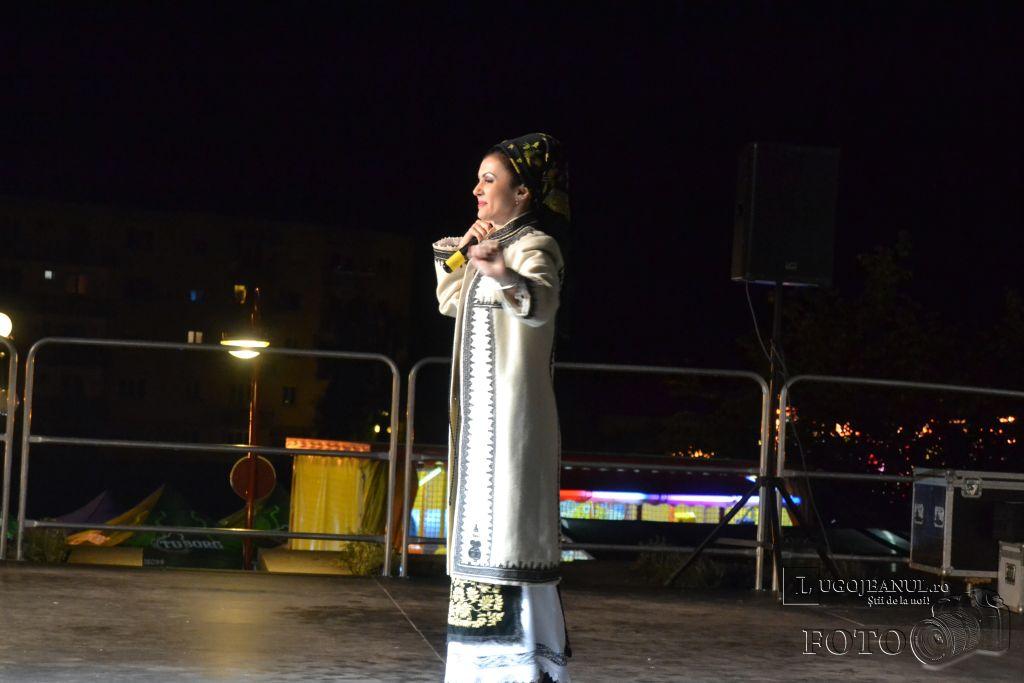 festivalul berii lugoj 2014 ziua 1 andreea voica dorin biris cosbuc andreea talpes ramona vita carmen popovici dumbrava foto lugojeanul (5)