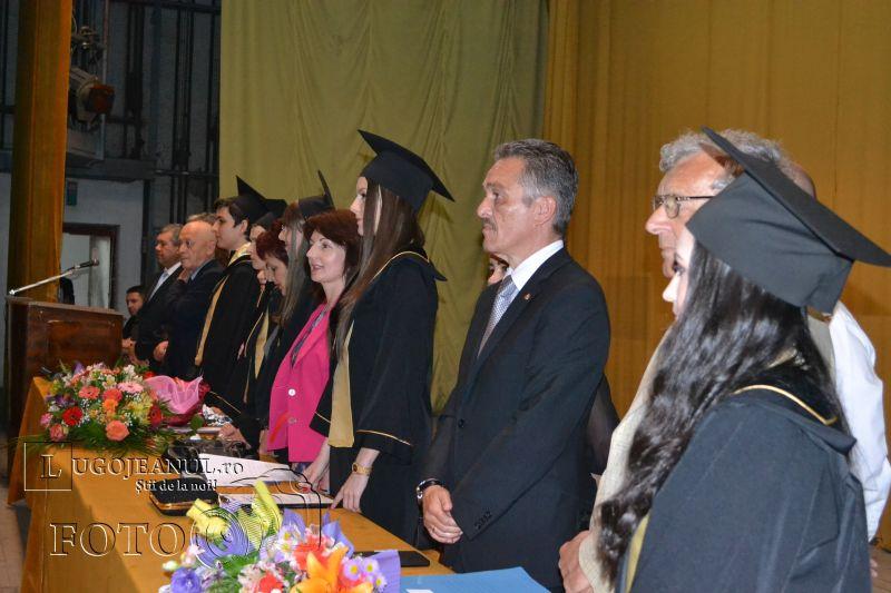 final de promotie coriolan brediceanu lugoj festivitatea de premiere 29 mai 2014 lugojeanul foto (18)