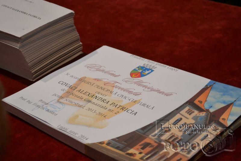 burse municipale lugoj elevi activitate extrascolara 12 iunie 2014 (26)