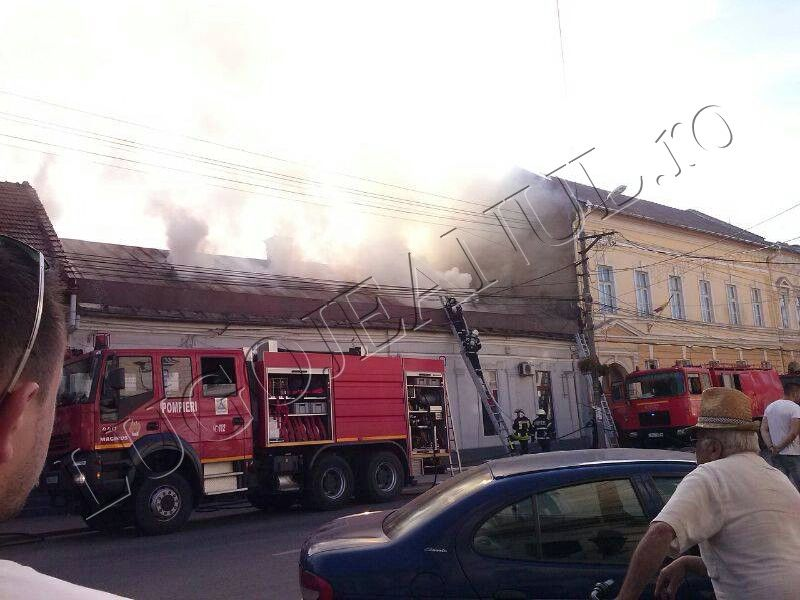 incendiu foc flacari fum bike shop unicarm scoala numarul 6 anisoara odeanu lugoj foto galerie 12 iunie 2014 lugojeanul (7)