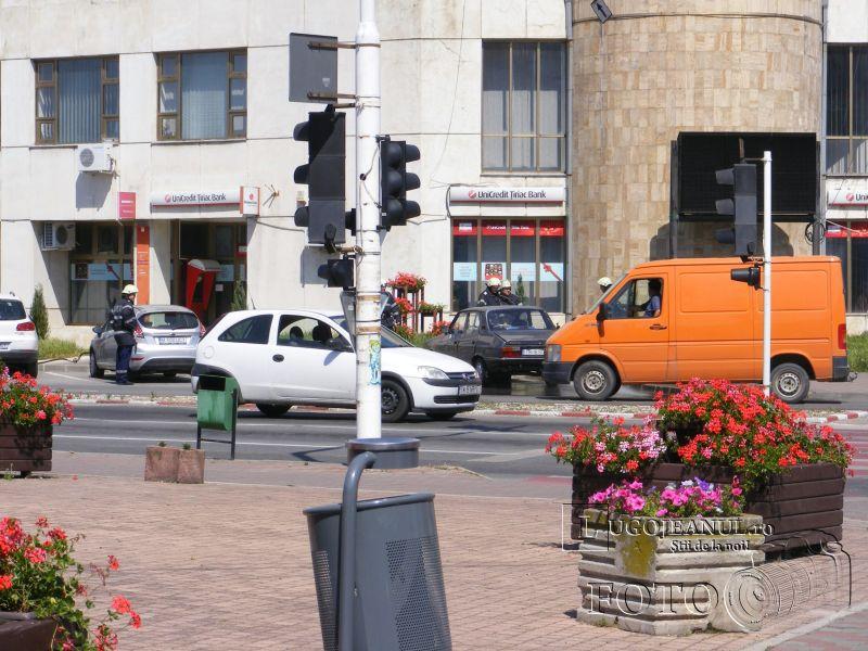 panica lugoj miros gaz zona unic 8 iunie 2014 lugojeanul (1)