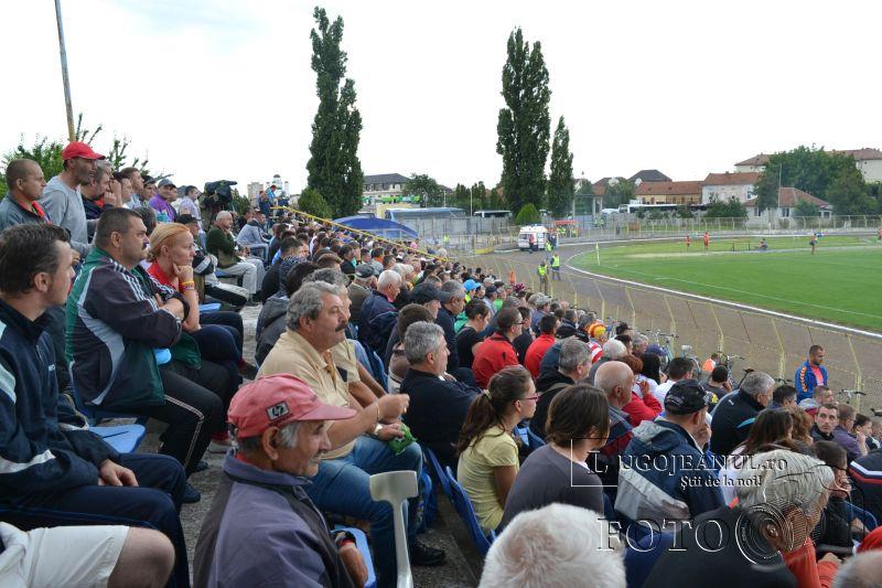 uta arad vs. retezatul hateg stadionul din lugoj 21 iunie 2014 galerie foto video lugojeanul meci baraj liga a treia de fotbal a romaniei (14)