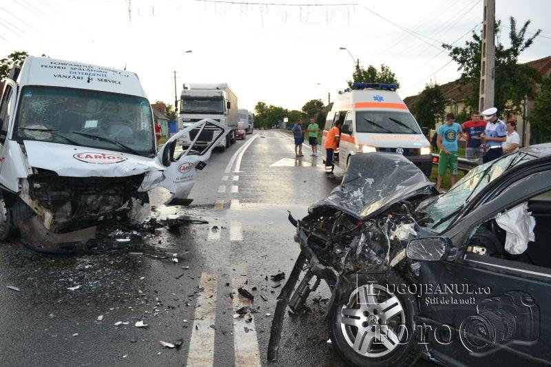 accident chizatau 17 iulie 2014 5 victime elicopter smurd ambulante pompieri impact frontal lugojeanul foto (10)