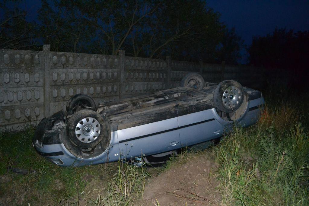 accident costeiu masina rasturnata femeie barbat soc politia salvari 18 iulie 2014 lugojeanul foto (2)