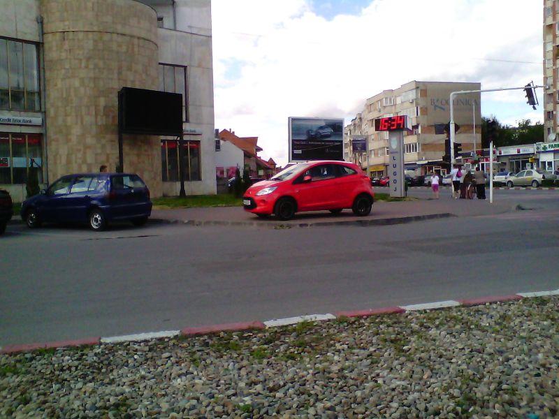 bizoni lugoj trafic parcari ilegale trotuar foto galerie zona unic lugojeanul 2014 (1)