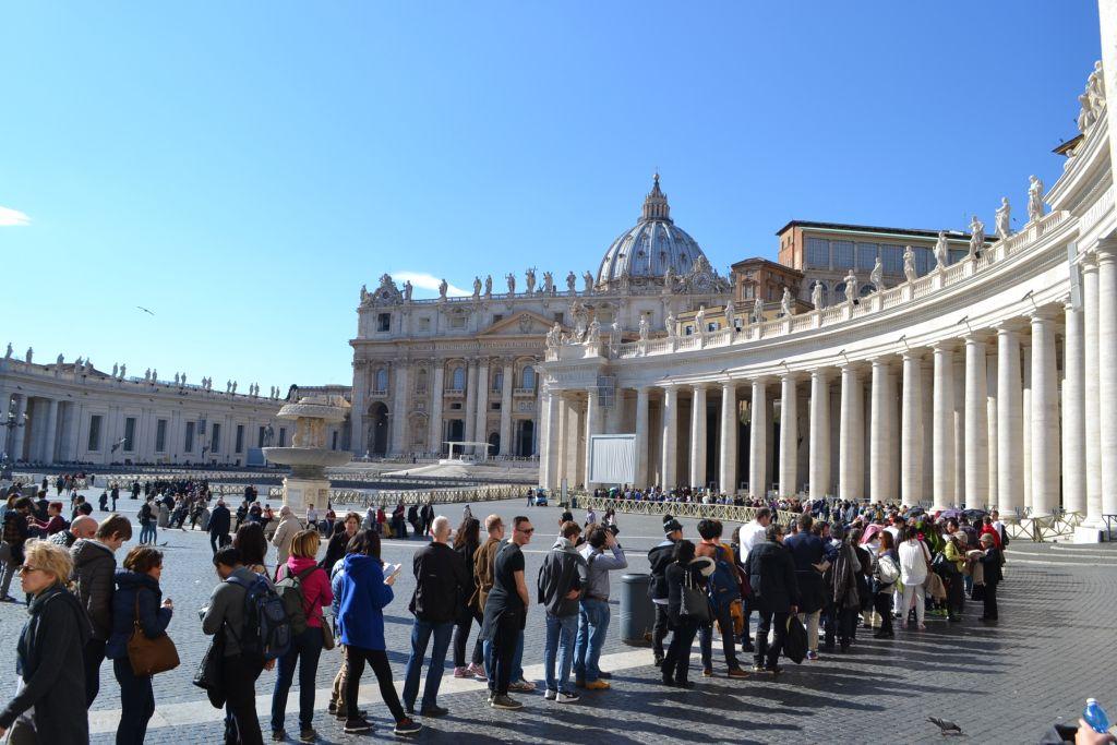roma italia februarie 2015 foto galerie lugojeanul vatican muzeele vaticanulu piata basilica sfantul petru capela sixtina turul scavi mormant garda elvetiana (26)
