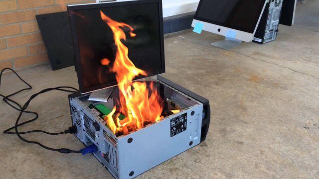 computer in flacari