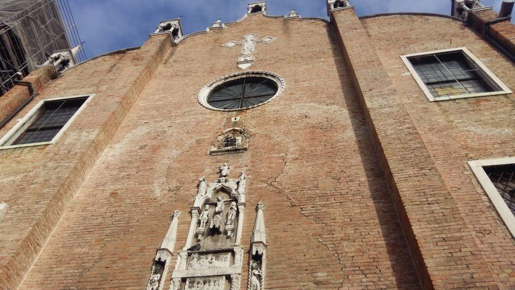 Una dintre zecile de biserici ale Venetiei, ideale pentru un moment de ragaz