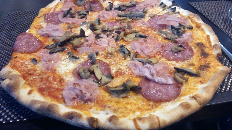 pizza jadore restaurant lugoj foto lugojeanul (1)