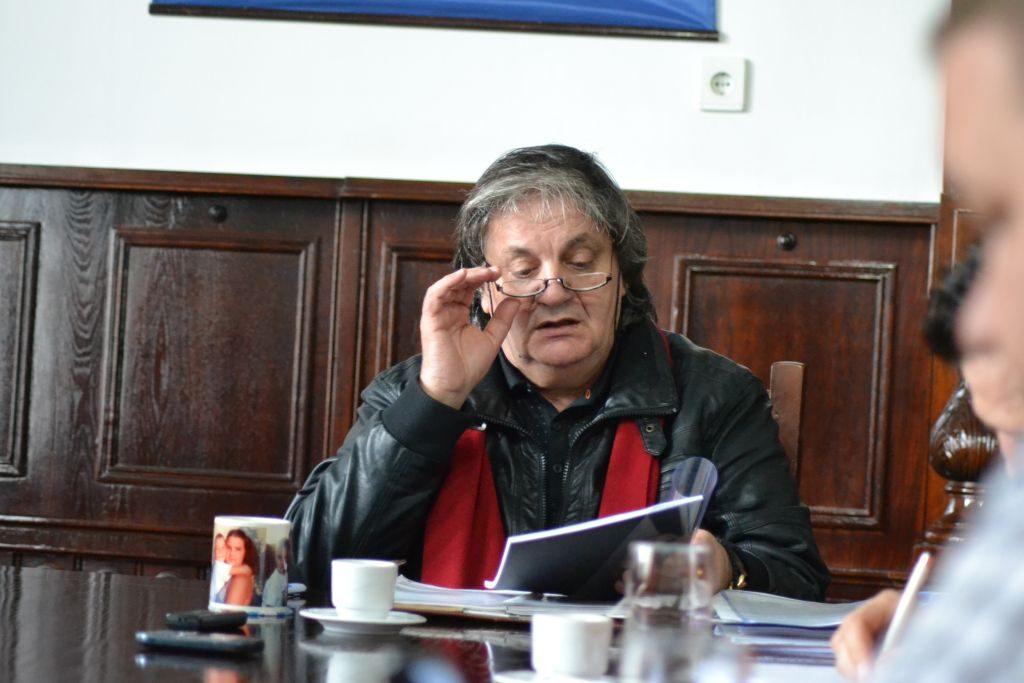 Primarul Boldea isi prezinta raportul de activitate presei - Martie 2013